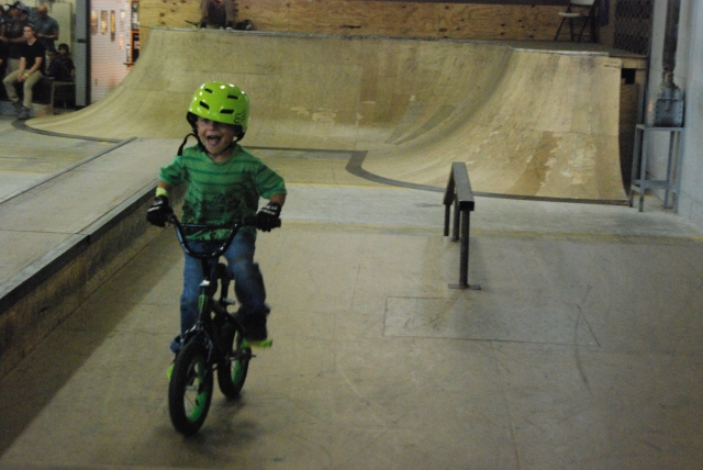 TRA's youngest competitor, Loukas Slattery, is all smiles on his way to 2nd in Beginner Park.