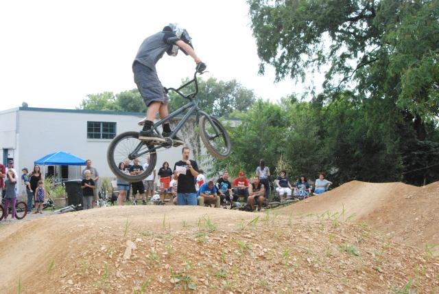 Beginner Dirt comp - THIS is BMX!