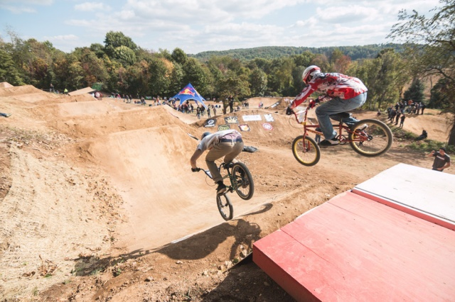 Victor Behm and Jeremy Kaht drop in from the motocross inspired starting gate.  Photo: Eric Silver